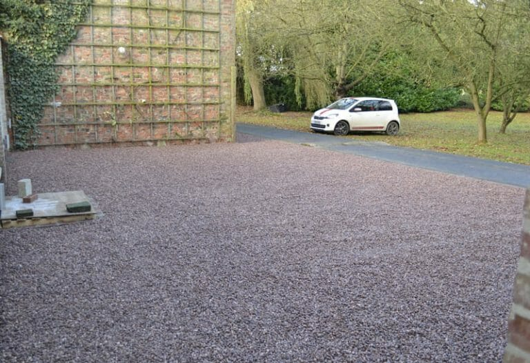 Stones4Homes 14mm Cheshire Pink Gravel on PG40 Grid