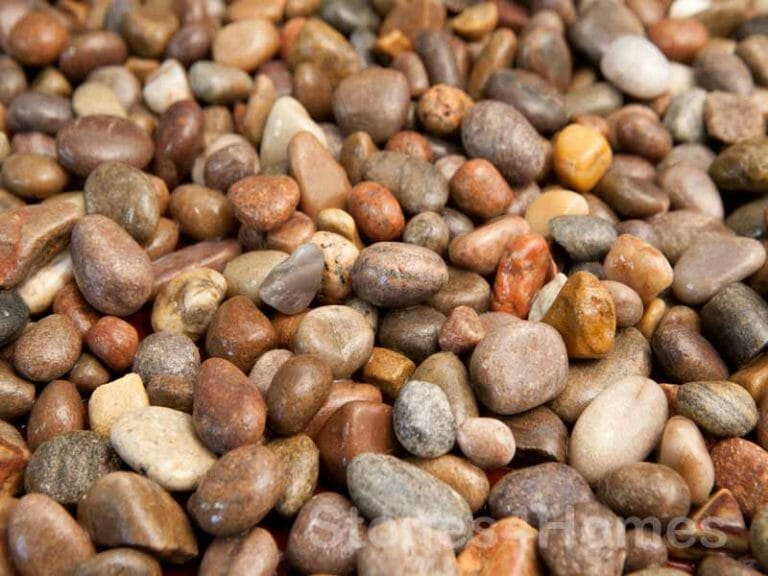 Stones4Homes 14-20mm Scottish Pebbles - wet