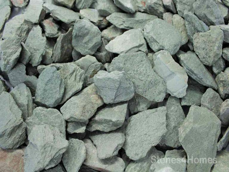 Stones4Homes - 40mm Green Slate Chippings (wet)